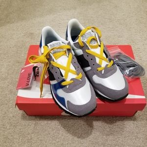Nike V Love OX women size 6.5 brand new with box